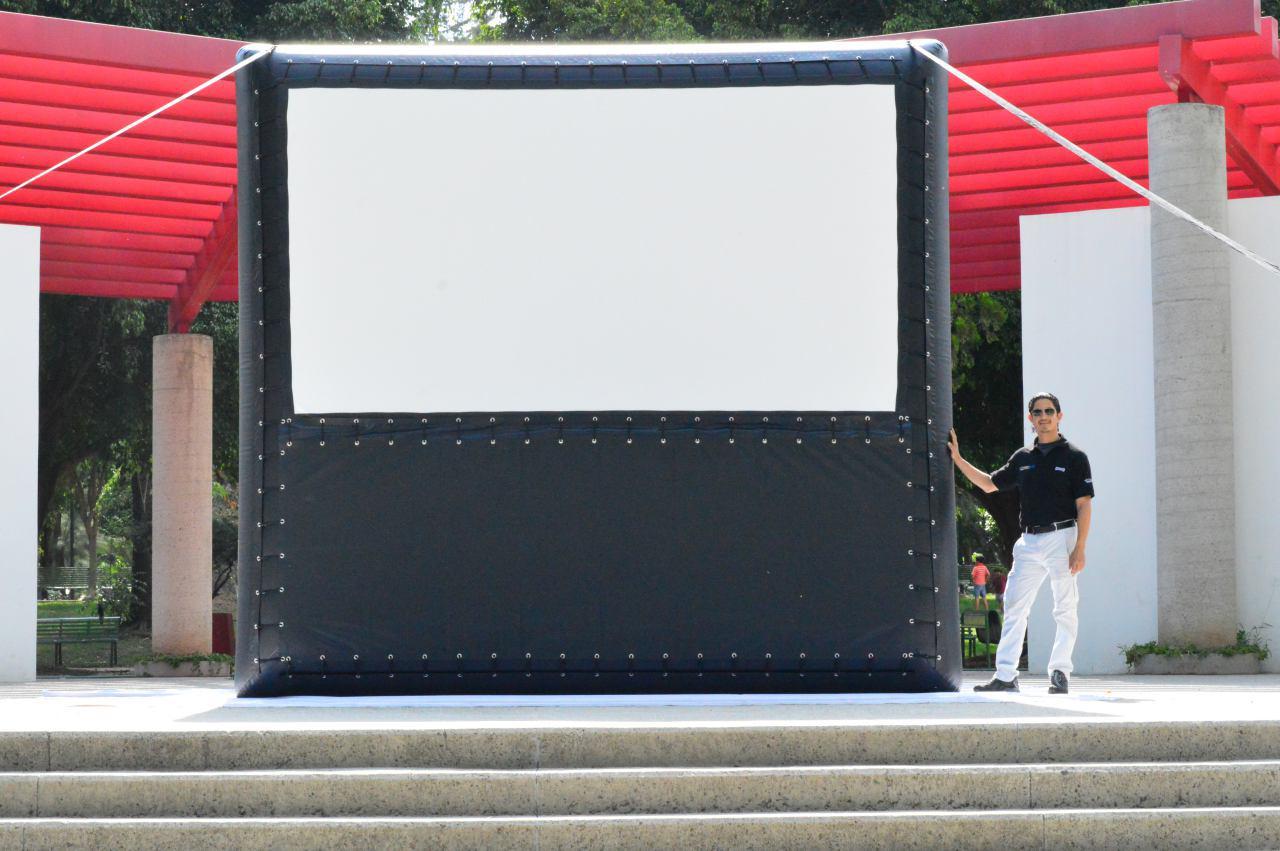 AIRSCREEN® Pantalla Inflable de 4m